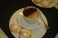 Mocha Cappuccino with Amaretti Biscuits